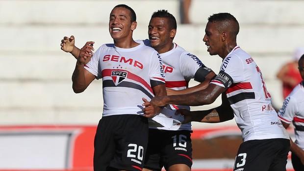 São Paulo festa gol (Foto: Rubens Chiri / site oficial do São Paulo FC)
