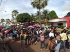 Servidores realizam protesto em busca de melhorias em Miguel Alves