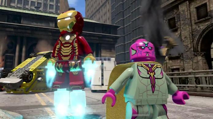 Em versão LEGO, o personagem Visão do segundo filme aparece na batalha de Nova York do primeiro (Foto: Reprodução/YouTube)