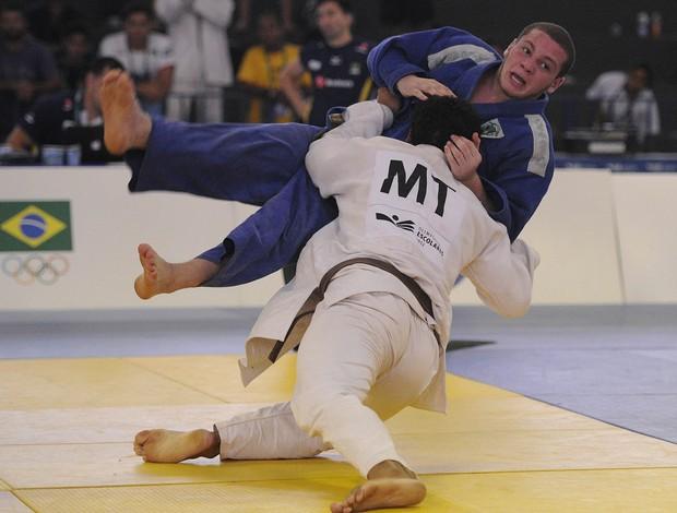 Judoca Ruan Barros do Mato Grosso conquista primeira medalha de ouro nas Olimpíadas Escolares  (Foto: Fernando Soutello/AGIF/COB)