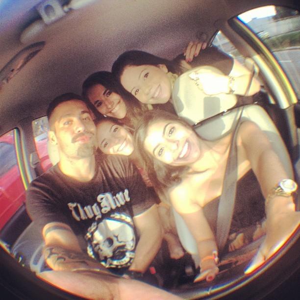 Yuri e amigas (Foto: Reprodução/ Instagram)