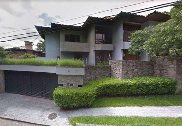 Mansão de R$ 4 milhões à venda na zona sul de São Paulo: oferta da Black Friday (Foto: Google Street View)