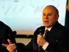 Mantega se defende de críticas e vê PIB 'caminhando' para 3% de alta