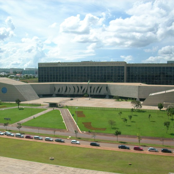 Fachada do STJ (Foto: Luis Dantas / Wikimedia Commons)