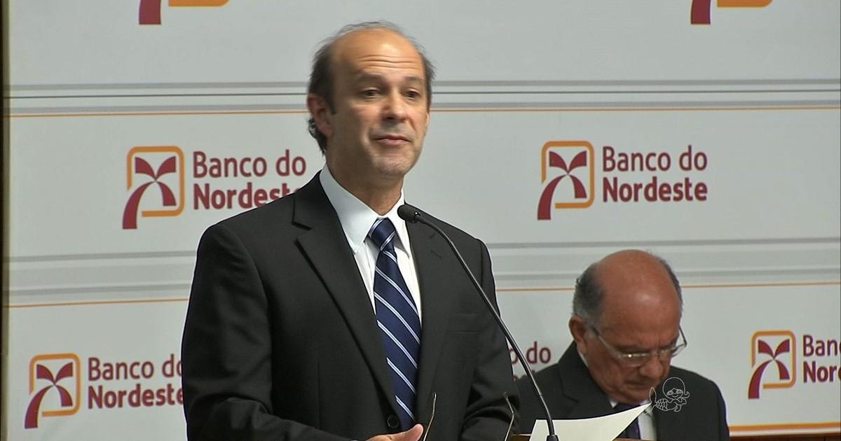 G1 - Marcos Costa Holanda toma posse na presidência do Banco do ...