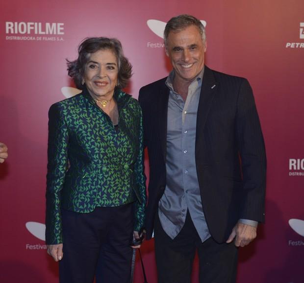 Betty Faria e Oscar Magrini (Foto: Fabio Cordeiro/Ed. Globo)