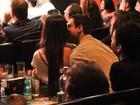 Nicole Bahls ganha beijo do novo namorado, Gustavo Salyer