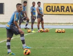 Gabriel treino Botafogo (Foto: Bernardo Eyng)