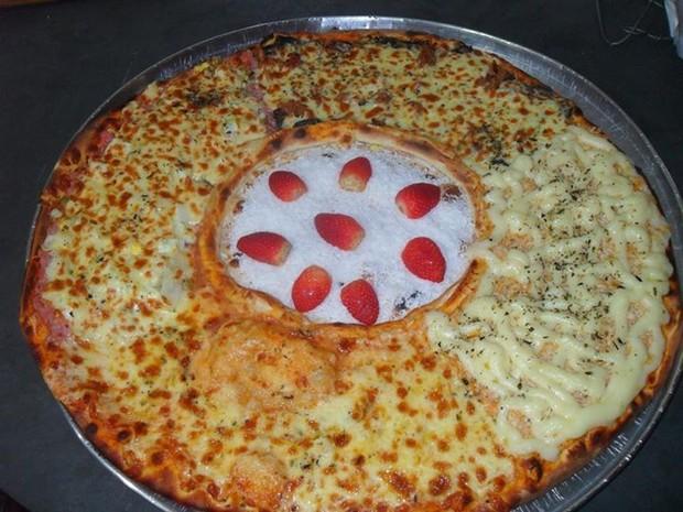 Pizza com recheio de prestígio com morango (Foto: Ricardo dos Santos/Arquivo Pessoal)