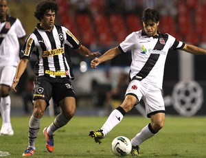 Juninho Vasco x Botafogo (Foto: Marcelo Sadio / Site Oficial do vasco)