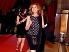Elenco de 'Lado a Lado' se reúne em festa de lançamento da novela