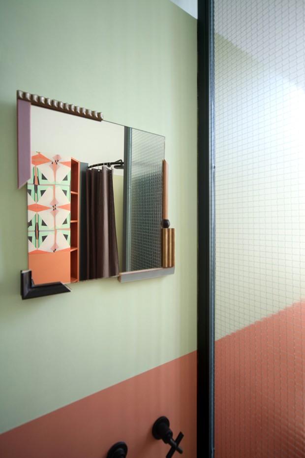 Apartamento alugado se transforma com decoração vintage e elementos naturais (Foto: Carola Ripamonti/Divulgação)