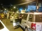 Rio - 22h: Trânsito é complicado em Jacarepaguá na noite desta terça