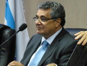 rubens lopes em arbitral da Ferj (Foto: Vicente Seda / GLOBOESPORTE.COM)