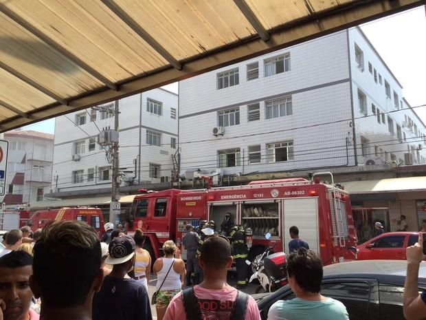 Corpo de Bombeiros enviou diversas equipes para o local do incêndio (Foto: Murilo César Costa/Arquivo Pessoal)