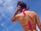 Petra Mattar foca no bumbum em clique de biquíni: 'Ah, verão'