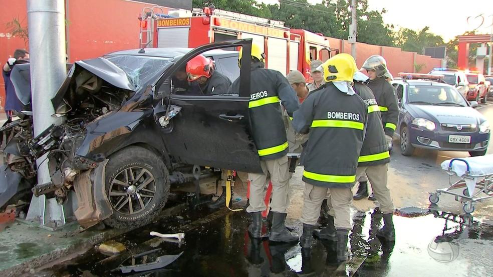 Anacleto conduzia caminhonete pela Avenida Miguel Sutil, em Cuiabá (Foto: TVCA/Reprodução)