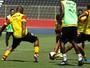 Em treino fechado, Argel define o Vitória para enfrentar o Jacobina