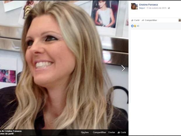 Cristine espera filho em carro quando foi morto (Foto: Facebook/Reprodução)