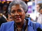Suspeita de favorecer Hillary, presidente dos democratas deixa CNN