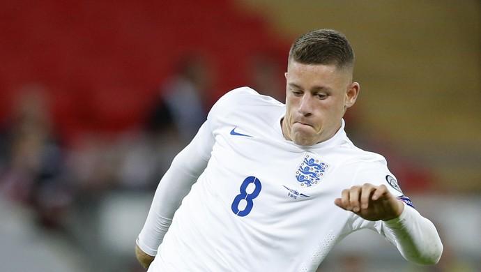 Ross Barkley Inglaterra Estônia eliminatórias Eurocopa (Foto: Carl Recine / Reuters)