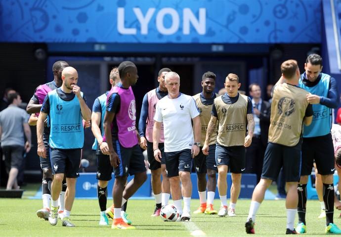 Didier Deschamps, treino França (Foto: AP Photo/Claude Paris)