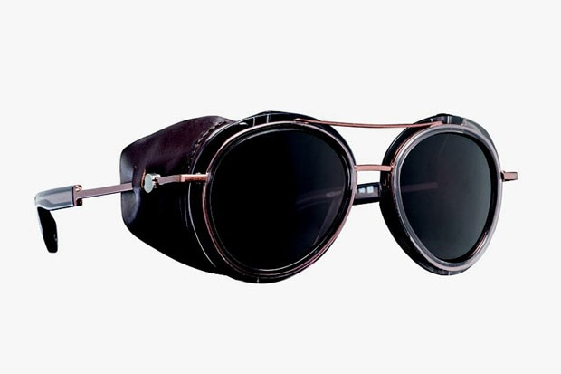 1ff7202e7ca Moncler Lunettes (Foto  Divulgação). Leia também. Oliver Peoples traz óculos  ao Brasil ...