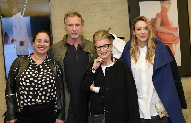 Da esquerda para a direita: Silvia Rogar, Oskar Metsavaht, Costanza Pascolato e Camila Garcia (Foto: Lu Prezia)