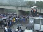 Cerca de 5 mil operários entram em greve no polo industrial de Cubatão