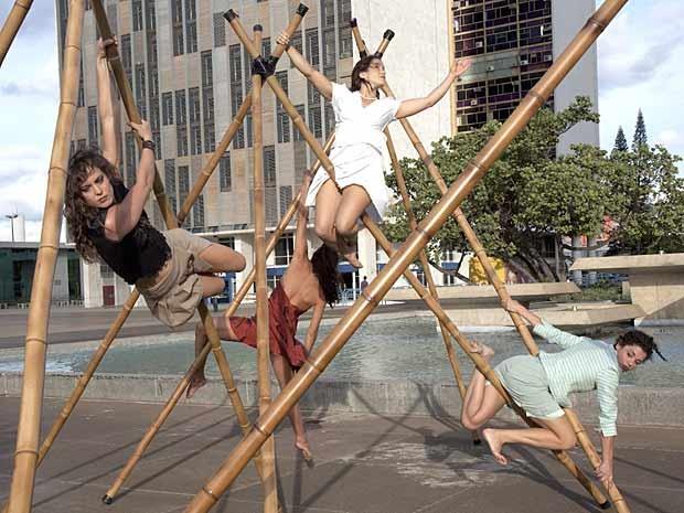 Dançarinas do grupo Nós no Bambu, que se apresentam entre 8 e 14 de dezembro, no Espaço Cultural Funarte, em Brasília (Foto: André Lavenère/Divulgação)