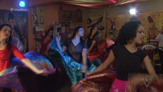Dança do Ventre unida à outros tipos de dança  (Foto: Reprodução / TV Tribuna)