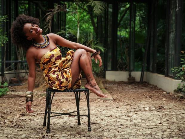 Jéssica aprendeu as danças afro, maculelê e cacuriá, além de capoeira, jongo e coco na ong Nós do Morro (Foto: Malhação / TV Globo)