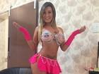 Andressa Urach faz show seminua: 'Não tenho vergonha do meu corpo'