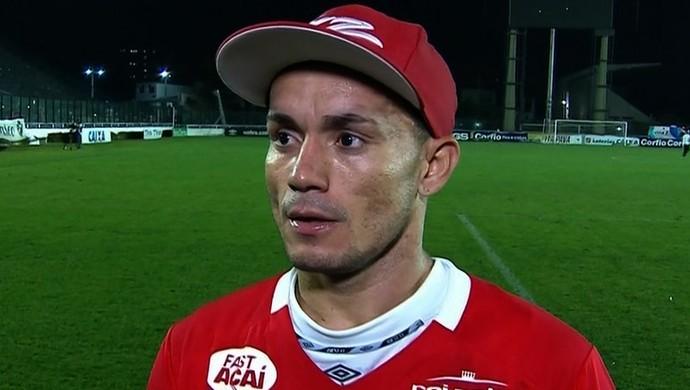 Moisés após vitória do Vila Nova sobre o Vasco (Foto: Reprodução/PFC)