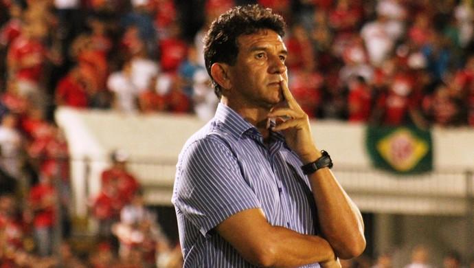 Guilherme Macuglia técnico do América-RN (Foto: Canindé Pereira)