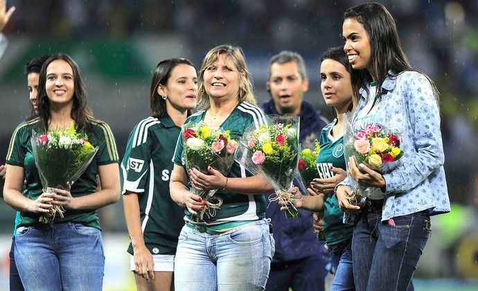 Homenagem dia das mulheres Palmeiras X Bragantino (Foto: Marcos Ribolli)