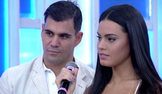 Juliano Cazarré e Letícia Lima participaram do 'Encontro com Fátima Bernardes' (Foto: Reprodução/ Encontro com Fátima Bernardes)