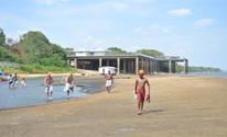 Seca mudou os pontos de travessia no Rio Branco (Marcelo Marques/G1)
