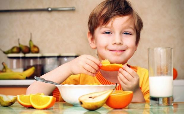 Alimentao infantil deve ser rica em fibras para melhorar apetite, controlar o peso e regular o colesterol (Foto: Getty Images)