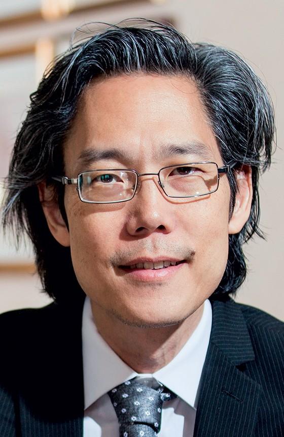 """O TUTOR Hirokazu Yoshikawa, de Harvard. """"Para educar as crianças, temos de cuidar  dos adultos"""" (Foto: Chris Gloag)"""
