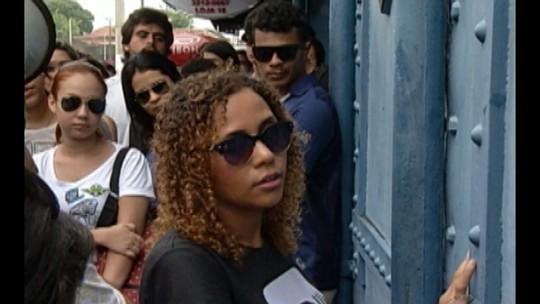 Grupo participa de visita sensorial guiada pelo centro histórico de Belém