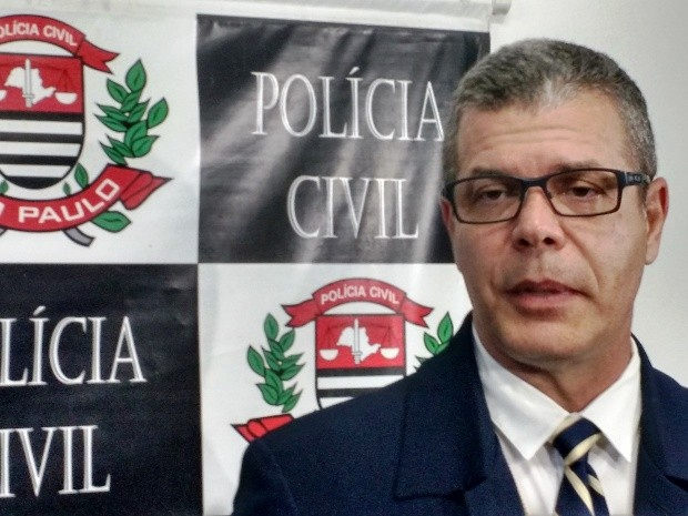 Delegado responsável ouviu ex-mulher de suspeito em Santos (Foto: Guilherme Lucio/G1)