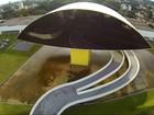 Museu Oscar Niemeyer em Curitiba oferta oficina de escultura em papel