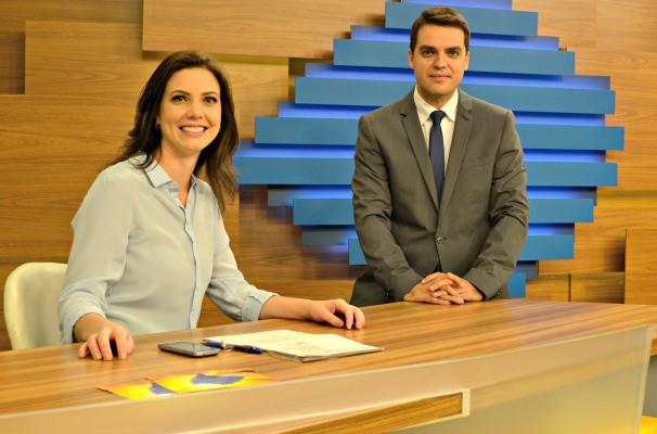 Simone Lazzari e Léo Saballa Bom Dia Rio Grande (Foto: Roberta Knijnik/RBS TV)
