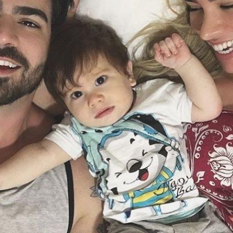 Adriana Sant'Anna e Rodrigão com o pequeno Rodrigo (Foto: Reprodução Instagram)