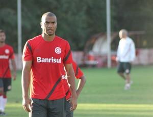 Rodrigo Moledo, zagueiro do Inter (Foto: Diego Guichard / GLOBOESPORTE.COM)