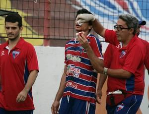 Angelim sofre fratura - Fortaleza  (Foto: Tuno Vieira/Agência Diário)