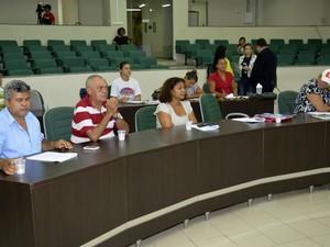 Após três dias de discussões, ajustes foram feitos ao projeto de lei sobre regularização fundiária de imóveis urbanos no estado (Foto: Divulgação/Neto Figueredo/Secom)