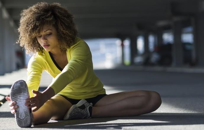 EuAtleta Alongamento Exercícios iStock 3 (Foto: Eu Atleta | foto iStock Getty Images)