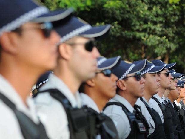 Policiais Militares em cerimônia, em Ceilândia (Foto: André Borges/Agência Brasília)